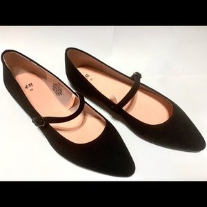Mary Jane Pointed flats